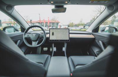 Provkörning av Tesla 3 Long range
